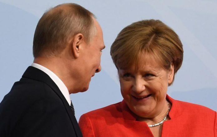 Τηλεφωνική επικοινωνία Πούτιν-Μέρκελ με θέμα τη Συρία