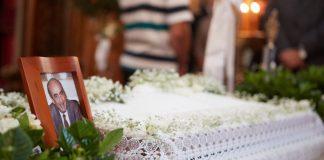 Χανιά: Σε κλίμα συγκίνησης το μνημόσυνο του Κων. Μητσοτάκη (pics)