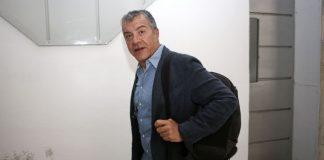 Θεοδωράκης: Αποφασίζουμε μόνο με τη σκέψη στο συμφέρον των Ελλήνων
