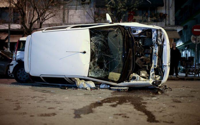 Θεσσαλονίκη: ΙΧ ανετράπη σε πλαγιά λόφου - Ένας νεκρός