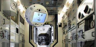 «Έξυπνο» ρομπότ με πρόσωπο καρτούν στάλθηκε στον Διεθνή Διαστημικό Σταθμό