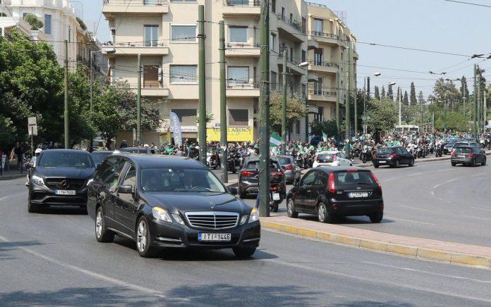 Περίπου 500 μηχανές Παναθηναϊκών στην κηδεία του Π. Γιαννακόπουλου