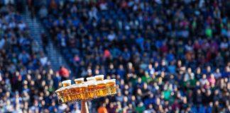 «Πράσινο φως» από την UEFA στην πώληση αλκοόλ στους ευρωπαϊκούς αγώνες