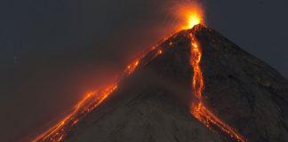 Γουατεμάλα: Σε επιφυλακή οι αρχές εξαιτίας νέων εκρήξεων στο Ηφαίστειο Φουέγο