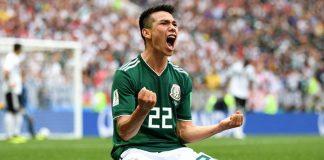 Γιαγιά σταυρώνει τους παίκτες του Μεξικό και γίνεται viral! (vd)