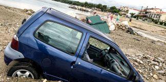 Η Νικήτη μετρά τις πληγές της μετά την καταστροφή (pics, vd)