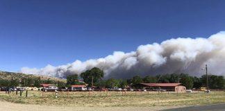 Πυρκαγιά απειλεί χωριά στο βόρειο Νέο Μεξικό