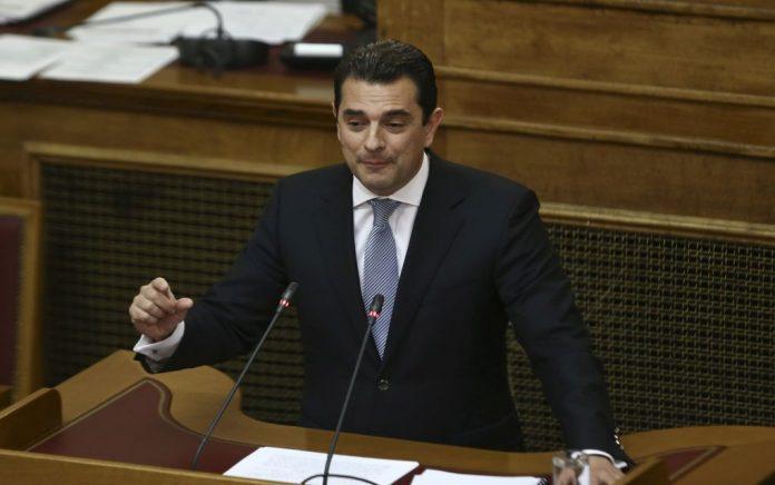 Σκρέκας: «Ρεσιτάλ υποκρισίας από τη κυβέρνηση για τα αυθαίρετα»