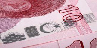 """Bloomberg: «Η οικονομία της Τουρκίας μπορεί να τεθεί """"εκτός ελέγχου""""»"""