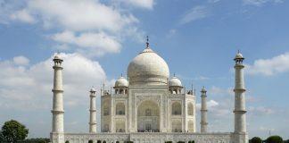 Ακριβαίνει το εισιτήριο στο Ταζ Μαχάλ για να προστατευθεί από τις φθορές