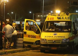 Τρεις τραυματίες από τροχαίο στο Δερβένι Θεσσαλονίκης