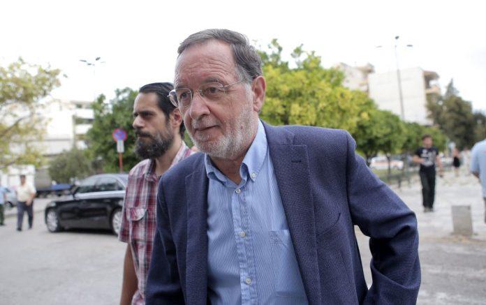 Λαφαζάνης: «Χωρίς όρια η κυβερνητική παχυδερμία»