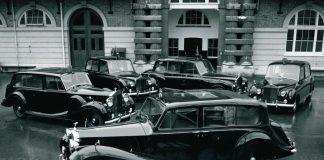 Σε δημοπρασία θα βγουν οι Rolls Royce της βασίλισσας Ελισάβετ