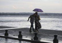 Ισχυρή βροχόπτωση «χτυπά» τη Θεσσαλονίκη (vd)