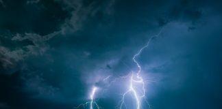 Βροχές, καταιγίδες και πτώση της θερμοκρασίας