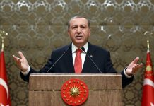 Ερντογάν: Τα δικαστήρια αποφασίζουν την τύχη του πάστορα