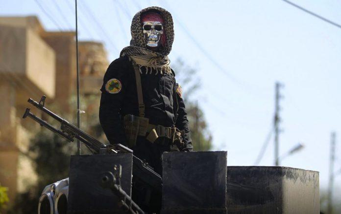 Τζιχαντιστές: «Η εκτόπιση των αμάχων δεν αποδυναμώνει το ΙΚ»