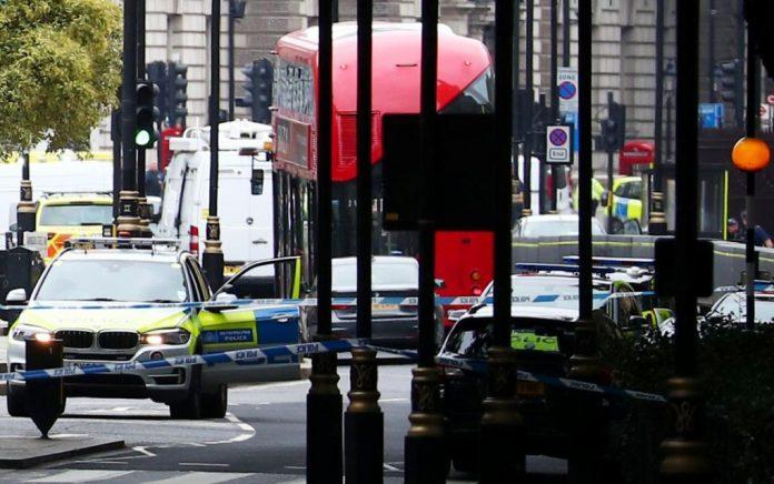 Συναγερμός στο Λονδίνο: Εντοπίστηκε «ύποπτο» πακέτο