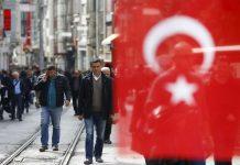 Moody's - S&P κατά της Τουρκίας με φόντο την πτώση της λίρας - Politik.gr