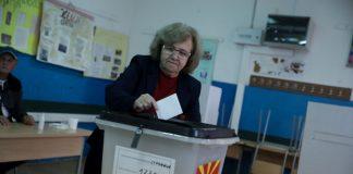 Προβάδισμα Πενταρόβσκι για πρόεδρος στη Βόρεια Μακεδονία
