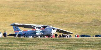 Αεροσκάφος έπεσε πάνω σε πλήθος – Νεκροί & τραυματίες