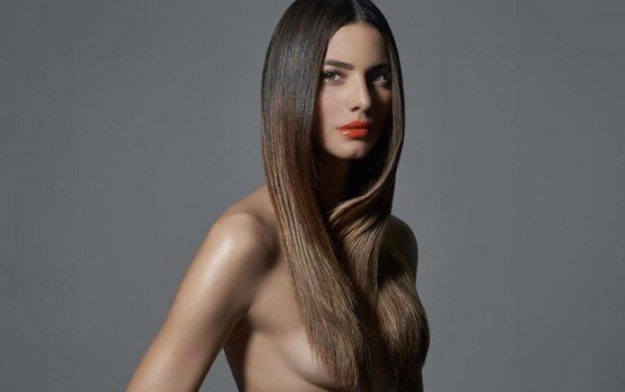 Η Ηλιάνα Παπαγεωργίου topless και με «καυτό» μπικίνι! (pic)