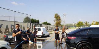 ΠΑΟΚ: Έπλυναν αυτοκίνητα οι χαμένοι του διπλού! (pic)