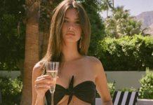 Σε ρόλο Αλεξανδράτου η Ραϊτακόφσκι - Πίνει σαμπάνια με σέξι μπικίνι! (pic)