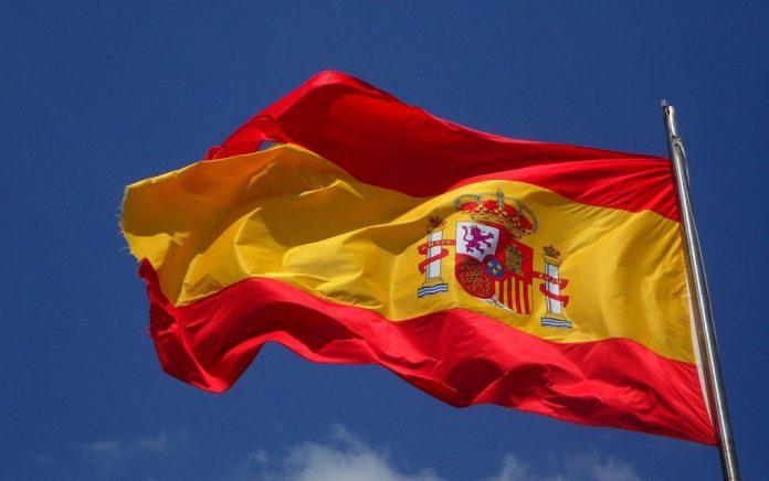 Ισπανία: Στα 900 ευρώ αυξήθηκε ο κατώτατος μισθός