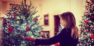 Η Μελάνια Τραμπ «έντυσε» τον Λευκό Οίκο στα γιορτινά (pics)