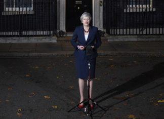 Ντάουνινγκ Στριτ: «Τρίτη ψηφοφορία για το Brexit μόνο αν επιτύχει»