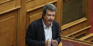 Τατσόπουλος: «Παραμένω στην κεντροαριστερά»