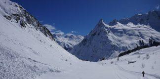 Ελβετία: Τέσσερις νεκροί σκιέρ από χιονοστιβάδα