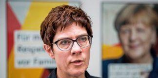 Γερμανία: Αντιδράσεις μετά την εκλογή της Κραμπ-Καρενμπάουερ