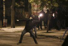 Εξάρχεια: Βρήκαν μολότοφ σε ταράτσα - 7 συλλήψεις
