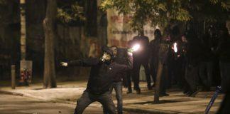 Επίθεση με μολότοφ σε σύνδεσμο του ΠΑΟΚ στον Εύοσμο
