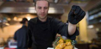Η Γερμανία αναζητά... μάγειρες! Τεράστιο έλλειμα στον κλάδο