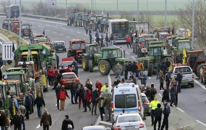 Αποχωρούν αύριο οι αγρότες από το μπλόκο της Νίκαιας