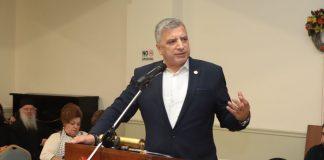 Πατούλης σε Δούρου: «Είστε περιφερειάρχης, όχι ηθοποιός!»