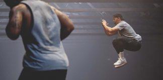 Επτά ασκήσεις σε 10 λεπτά για να λιώσει το λίπος (video)