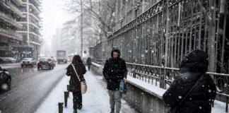 Πυκνή χιονόπτωση και στο κέντρο της Θεσσαλονίκης (pics)