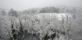 Χιονίζει ακατάπαυστα στη Ρουμανία