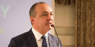 Καράογλου: «Λιγότεροι φόροι και λιγότερη γραφειοκρατία οδηγούν στην ανάπτυξη»