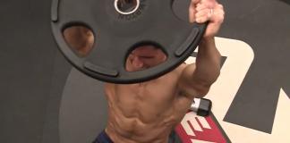 Τέσσερις πραγματικά δύσκολες ασκήσεις για κοιλιακούς (video)