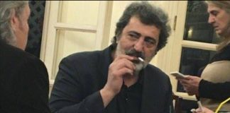 Πολάκης: Η μαντινάδα και το… τσιγάρο στο κυλικείο της Βουλής