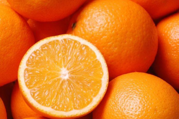 Τρώμε βαμμένα πορτοκάλια και κοτόπουλο σε χλώριο!