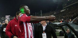 Ολυμπιακός: Μία αγωνιστική στον Σισέ για τις χειρονομίες στην Τούμπα