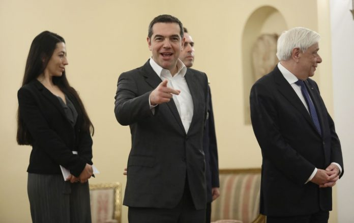 Handelsblatt: Προεκλογικά δώρα αντί μεταρρυθμίσεων από τον Τσίπρα