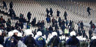 Διεθνής διασυρμός για τα έκτροπα στο ΟΑΚΑ - Politik.gr