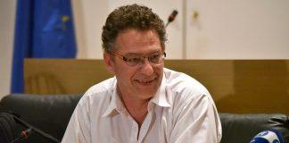 Αρβανίτης: «Δεν είναι φοβερό, θα ξαναβάψουμε τη Βουλή»